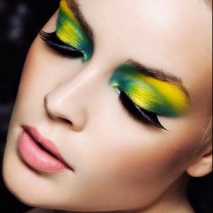 Todays color inspiration! Blog sifascornercom  inspiration makeupblogger makeupinspiration bbloggerhellip