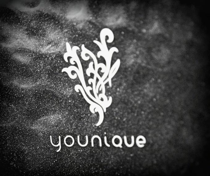 8c1cc-younique11