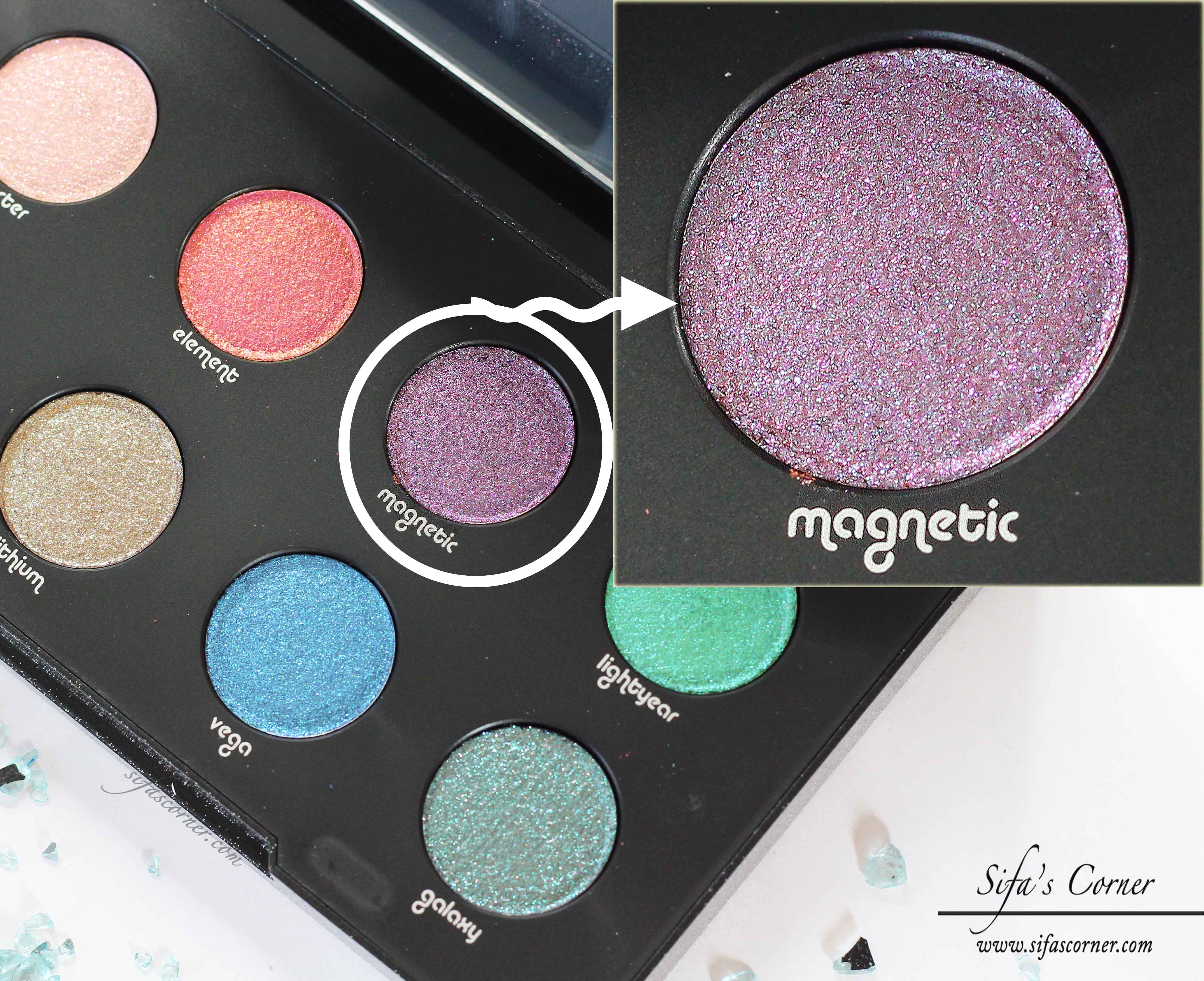 Review Amp Swatch Urban Decay Moondust Eyeshadow Palette